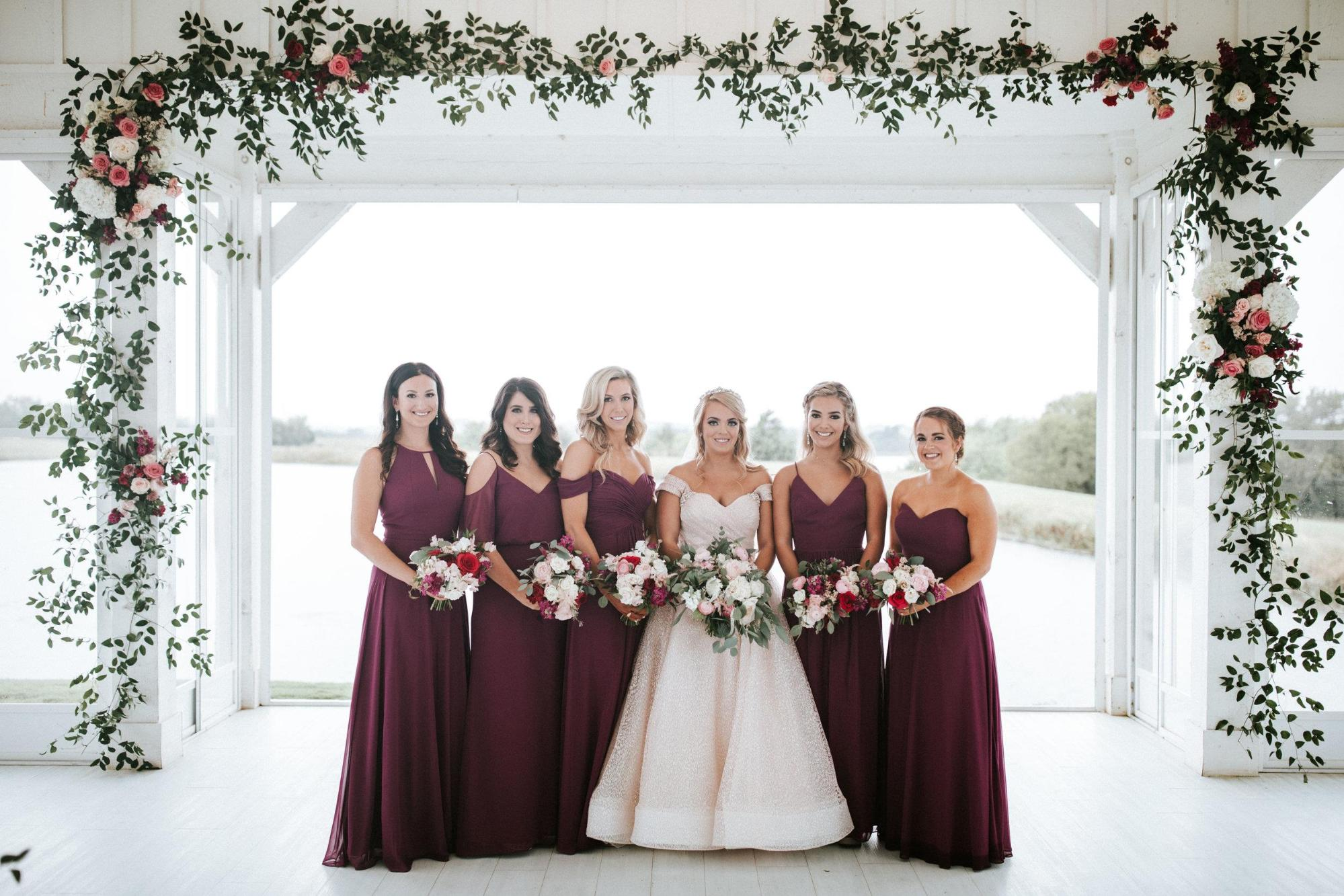dreamy winter wedding bouquets