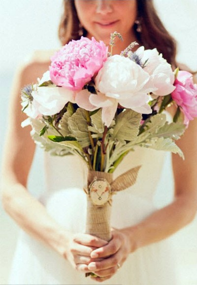 bride with pink peony bouquet