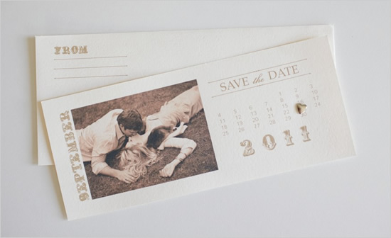 Free DIY Save-the-Date Calendars