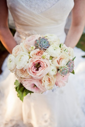 rose bridal bouquet with succulents