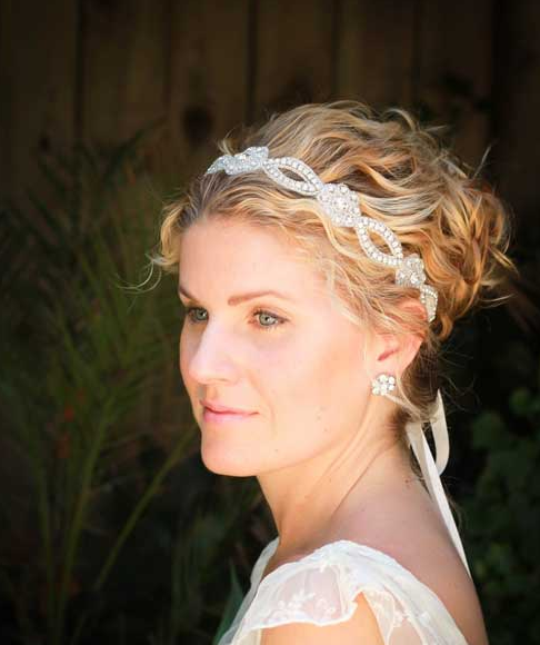 bride with finger waved hair